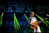 PORTO ALEGRE, RS, 21.03.2016 - SHOW-RS - Roger Hodgson durante apresentação no Pepsi On Stage em Porto Alegre na noite terça-feira, 21. (Foto: Rodrigo Ziebell/Brazil Photo Press)