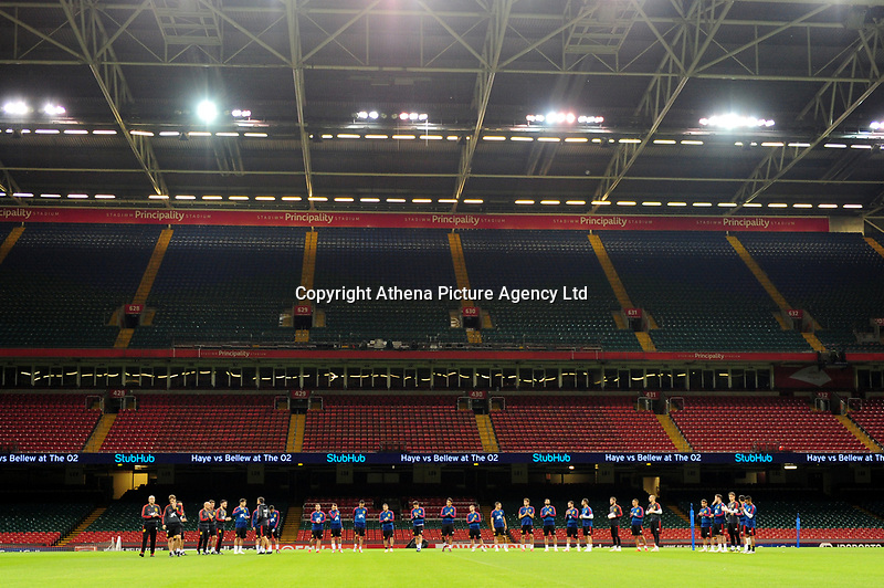 Spain's team have a minute of silence during the pre-International Friendly training session of the Spain squad at the Principality Stadium, Cardiff, UK. Wednesday 10 October 2018