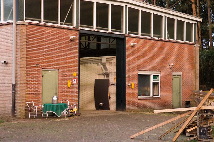 Nederland, Omgev. Enschede, 2 nov 2006.Site te Twekkelo.(Voormalig) militair terrein, zendercomplex...Foto: (c) Michiel Wijnbergh