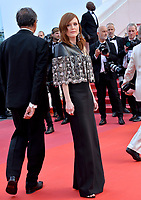 "CANNES, FRANCE. May 15, 2019: Julianne Moore at the gala premiere for ""Les Miserables"" at the Festival de Cannes.<br /> Picture: Paul Smith / Featureflash"