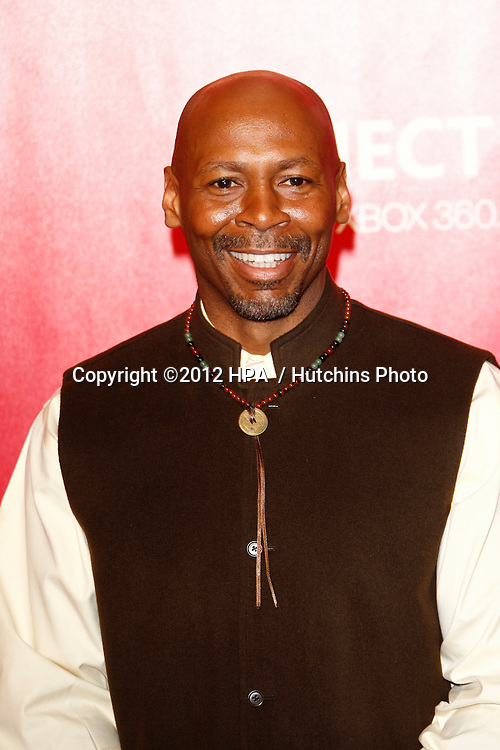 vLOS ANGELES - FEB 10:  Kevin Eubanks arrives at the 2012 MusiCares Gala honoring Paul McCartney at LA Convention Center on February 10, 2012 in Los Angeles, CA