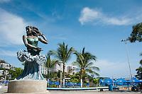 Monumentos y esculturas de la costera. Acapulco, Guerrero, Mexico