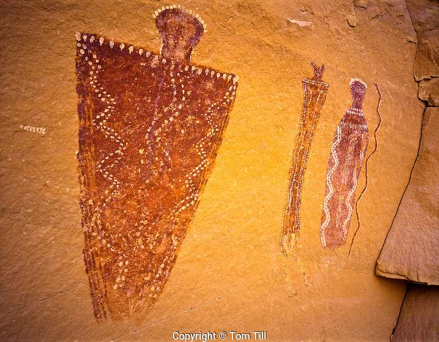 Barrier Canyon Style Pictographs, Ancient Painted Rock Art Figures, Glen Canyon National Recreation Area,.Utah