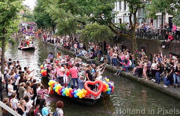 Nederland - Utrecht - 2018.   Utrecht Canal Pride door de binnenstad. Foto mag niet in negatieve / schadelijke context gepubliceerd worden.    Foto Berlinda van Dam / Hollandse Hoogte.