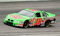 Bobby Labonte races off turn 4 enroute to victory in the Pepsi Southern 500 at Darlington, SC on Sunday, 9/3/00.(Photo by Brian Cleary)