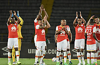 BOGOTÁ -COLOMBIA, 19-07-2017: Jugadores de Santa Fe celebran la victoria después del encuentro entre Independiente Santa Fe y Envigado FC por la fecha 3 de la Liga Aguila II 2017 jugado en el estadio Nemesio Camacho El Campin de la ciudad de Bogota. / Players of Santa Fe celebrate the victory after match between Independiente Santa Fe and Envigado FC for the date 3 of the Aguila League II 2017 played at the Nemesio Camacho El Campin Stadium in Bogota city. Photo: VizzorImage/ Gabriel Aponte / Staff