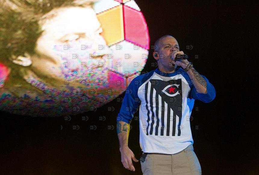 CIUDAD DE MÉXICO, DF.29 de marzo.-  Calle 13l  durante el tercer día del festival Vive Latino 2014 en el Foros Sol de la Ciudad de México el 29 de marzo de 2014. FOTO: ALEJANDRO MELÉNDEZ
