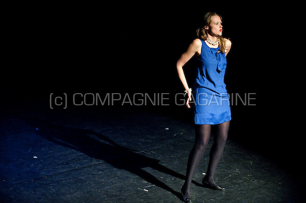 """Theatre company De Dijlezonen playing """"De Vagina Monologen"""" directed by Jo Matthijs (Belgium, 28/04/2011)"""