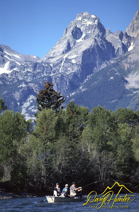 fly-fishing, drift boat, snake river, Jackson Hole, Grand Tetons, Grand Teton National Park
