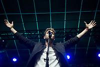 """SÃO PAULO, SP, 29.07.2017- SHOW-SP - O cantor e ator mexicano Christopher Uckermann, ex-RBD, apresenta seu projeto """"La Revolución de los Ciegos"""", em um show no Tropical Butantã, na zona oeste de São Paulo, na noite deste sábado, 29 (Foto: Patrícia Devoraes/ Brazil Photo Press)"""