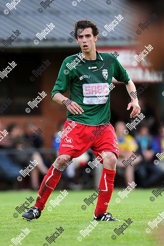 2012-07-12 / Voetbal / seizoen 2012-2013 / Houtvenne / Joris Saenen..Foto: Mpics.be