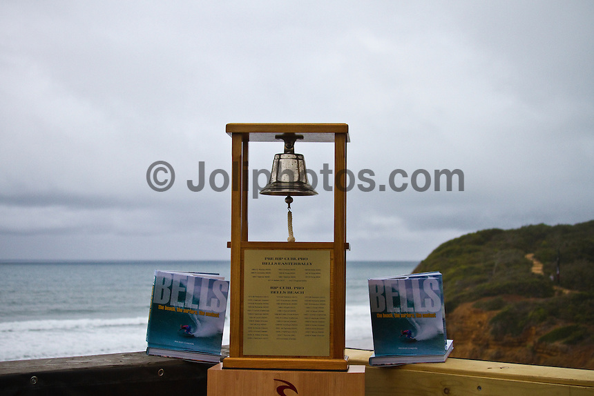 "BELLS BEACH, Victoria/Australia (Wednesday, April 20, 2011) - The Rip Curl Pro Bells Beach presented by Ford Ranger, the second stop on the 2011 ASP World Title season, was  called on this morning with Round 1 commencing at 7:30am in pumping four-to-six foot (1.5 to 2 metre waves)...""We have good-looking surf on offer this morning and have called the men's on at 7:30am,"" Rich Porta, ASP International Head Judge said. ""We'll have the women on standby, and we anticipate an excellent day of surfing."". Mick Fanning (AUS), Joel Parkinson (AUS) and defending event champion Kelly Slater (USA) had decisive wins in the first Round.. - Photo: joliphotos.com"