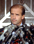 Washington, D.C. - September 27, 1987 -- United States Senator Joseph Biden (Democrat of Delaware) his intention to withdraw from the race for the Democratic nomination for of the United States in 1988 in Washington, D.C. on September 27, 1987..Credit: Arnie Sachs / CNP