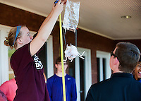 E-Week Egg Drop Engineering students competition at Griffis Hall.<br />  (photo by Mitch Phillips / &copy; Mississippi State University)