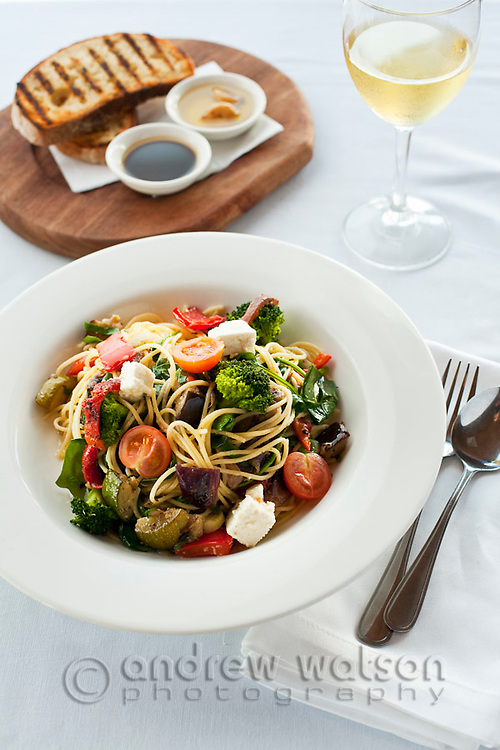 Spaghetti campagnola (spaghetti with grilled vegetables) with bread and wine.