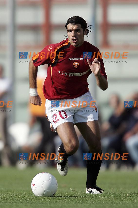 Perugia 25/8/2004 Perugia Roma 2-1 Simone Perrotta (Roma)<br /> Foto Andrea Staccioli Insidefoto