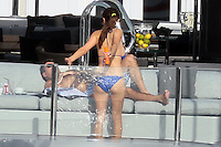 PAP0101373.SIMON COWELL GETS SUNTAN SPRAYPAP0101375.AFTER LUNCH AT THE TAIWANA RESTAURANT, JULIANNE HOUGH AND RYAN SEACREST WENT TO A DRINK AT A FRIEND'S HOME CLOSE TO THE BEACH. IT WAS TOO MUCH TO JUIANNE WHO TUMBLED BUT KEPT HER DRINK STRAIGHT