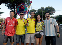 SALVADOR – BRASIL, 15-06-2019: Hinchas de Colombia y Argentina previo al partido de la Copa América Brasil 2019, grupo B, entre Argentina y Colombia jugado en el Itaipava Fonte Nova Arena de la ciudad de Salvador, Brasil. / Fans of Colombia and Argentina prior the Copa America Brazil 2019 group B match between Argentina and Colombia played at Itaipava Fonte Nova Arena in Salvador, Brazil. Photos: VizzorImage / Julian Medina / Cont / FCF