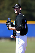March 1, 2010:  Pitcher Josh Roenicke (17) of the Toronto Blue Jays during practice at Englebert Complex in Dunedin, FL.  Photo By Mike Janes/Four Seam Images
