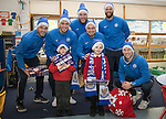 St Johnstone players took some festive cheer to Fairview School in Perth gving out selection boxes and gifts to the pupils&hellip;Pictured from left, Keith Watson, Joe Shaughnessy, Zander Clark, Paul Paton, Alan Mannus and David Wotherspoon with primary pupils Jack (left) and Logan<br />