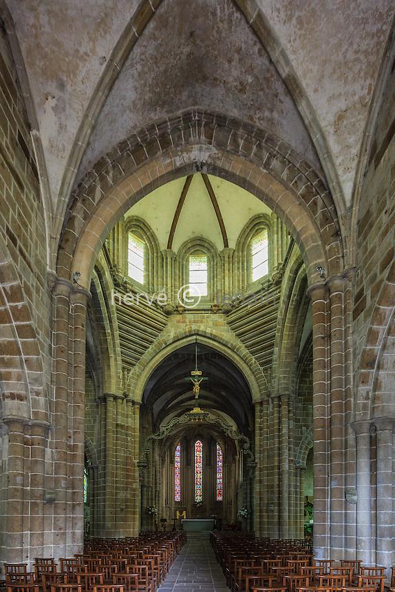 France, Calvados (14), Saint-Sever-Calvados,  église abbatiale, la nef // France, Calvados, Saint Sever Calvados, the church, the nave