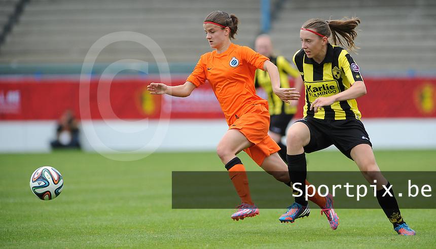 Bekerfinale vrouwen 2015 : Lierse-Club Brugge Vrouwen :<br /> <br /> Amber De Priester (L) gaat voorbij Hannelore Van Poppel (R)<br /> <br /> foto VDB / BART VANDENBROUCKE
