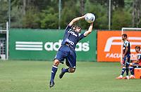 SÃO PAULO.SP. 03.04.2015 - PALMEIRAS TREINO - Valdivia meia do Palmeiras durante o treino na Academia de Futebol zona oeste na nesta sexta feira 03.  ( Foto: Bruno Ulivieri / Brazil Photo Press )