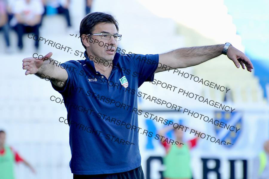 Fudbal Super liga season 2013-2014<br /> Novi Pazar v Donji Srem <br /> Trener FK Donji Srem - Vlado Capljic<br /> Novi Pazar, 26.10.2013<br /> foto: Emir Sadovic/Starsportphoto &copy;