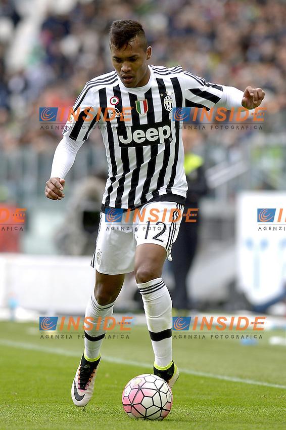 Alex Sandro Juventus,<br /> Torino 01-05-2016, Juventus Stadium, Football Calcio 2015/2016 Serie A, Juventus - Carpi, Foto Filippo Alfero/Insidefoto