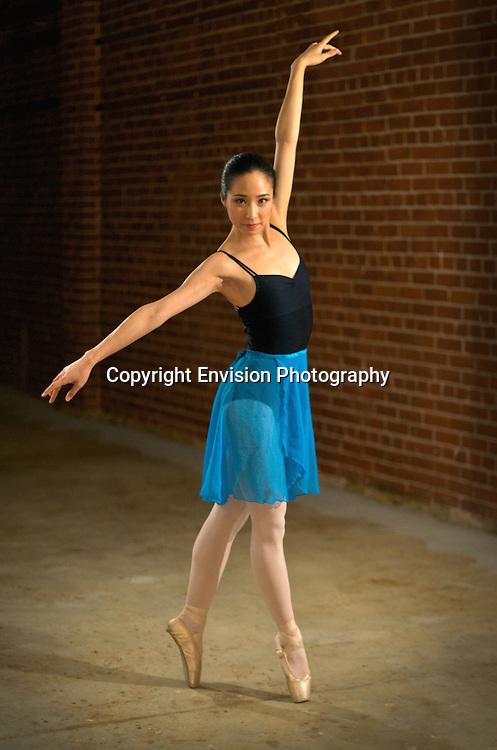 Aileen Hui, Ballarina