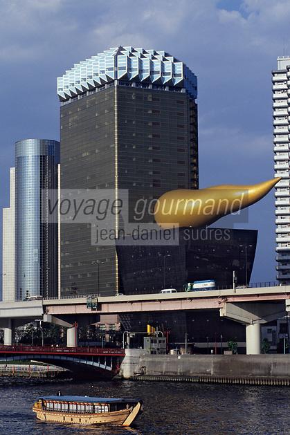 Asie/Japon/Tokyo/Asakusa: Les bords de la Sumida - Immeuble conçu par P. Starck