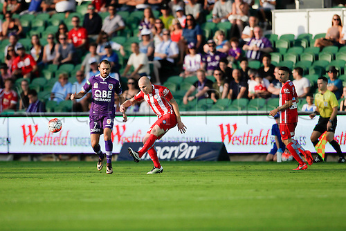 03.04.2016. NIB Stadium, Perth, Australia. Hyundai A League. Perth Glory versus Melbourne City. Aaron Mooy launches the ball into attack for Melbourne City during the first half.