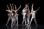 GRAVITÉ<br /> <br /> CHORÉGRAPHIE : Angelin Preljocaj<br /> MUSIQUE : Johann Sebastian Bach, Maurice Ravel, Iannis Xenakis, Dimitri Chostakovitch, Daft Punk, Philip Glass, 79D<br /> COSTUMES : Igor Chapurin<br /> LUMIÈRES : Eric Soyer<br /> CHORÉOLOGUE : Dany Lévêque<br /> AVEC : Virginie Caussin, Baptiste Coissieu, Leonardo Cremaschi, Marius Delcourt, Mirea Delogu, Léa De Natale, Antoine Dubois, Véronique Giasson, Florette Jager, Laurent Le Gall, Théa Martin, Victor Martinez Cáliz, Nuriya Nagimova<br /> COMPAGNIE : BALLET PRELJOCAJ<br /> DATE : 15/02/2019<br /> LIEU : Théâtre National de la Danse de Chaillot<br /> VILLE : Paris