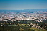 Europe/France/Auverne/63/Puy-de-Dôme/Parc Naturel Régional des Volcans: Depuis le Sommet du Puy de Dome  vue sur la ville de  Clermont-Ferrand