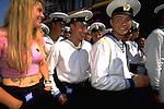 Amsterdam 1995: Sail; russische matrozen op het Damrak.<br /> Foto: Felix Kalkman