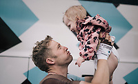 the pure joy of Jan Bakelants (BEL/AG2R-LaMondiale) hugging his daughter after 4 weeks on the road...<br /> <br /> 104th Tour de France 2017<br /> Stage 21 - Montgeron › Paris (105km)