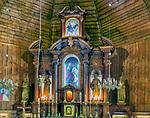 Wnętrze kościoła św. Anny w Zębie.