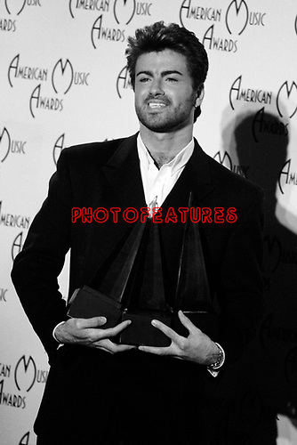 George Michael 1989 American Music Awards for Pop/ Rock Artist, Soul/R&amp;B Artist and Soul/R&amp;B Album for Faith.<br /> &copy; Chris Walter