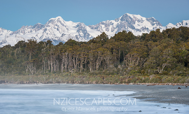 Blue hour at Gillespies Beach with winter views of Mt. Tasman (left) 3497m and Aoraki Mt. Cook (right) 3724m, two highest New Zealand mountains, Westland Tai Poutini National Park, West Coast, UNESCO World Heritage Area, New Zealand, NZ