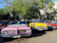 HAVANA-CUBA - 13.10.2016: Carros utilizados como taxis turísiticos estacionados na região central de Havana.  (Foto: Bete Marques/Brazil Photo Press)