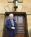 Alexander McCall Smith, Novilist, author and writer  at The  The Oxford  Literary Festival   2013. Credit Geraint Lewis