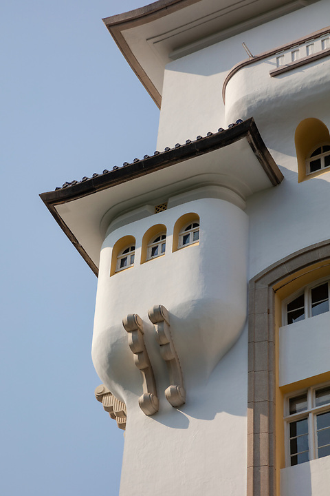 A closer view of the small turret on the main tower.