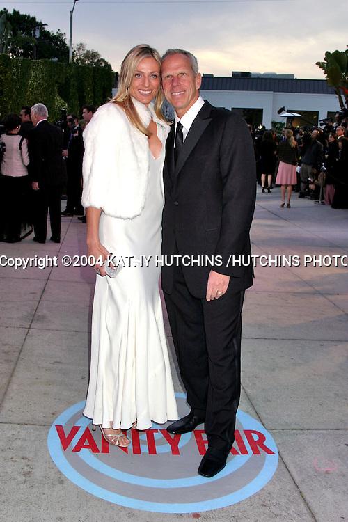 ©2004 KATHY HUTCHINS /HUTCHINS PHOTO.VANITY FAIR OSCAR PARTY.MORTONS RESTAURANT.WEST HOLLYWOOD, CA .FEBRUARY 29, 2004..JAIMIE AND STEVE TISCH