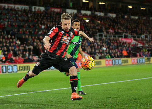 01.03.2016. Vitality Stadium, Bournemouth, England. Barclays Premier League. Bournemouth versus Southampton. Bournemouth Midfielder Matt Ritchie has a shot on goal but is denied by Southampton Goalkeeper Fraser Forster