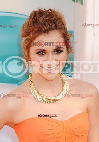 LOS ANGELES, CA - MARCH 31: Alyson Stoner arrives at the 2012 Nickelodeon Kids' Choice Awards at Galen Center on March 31, 2012 in Los Angeles, California.