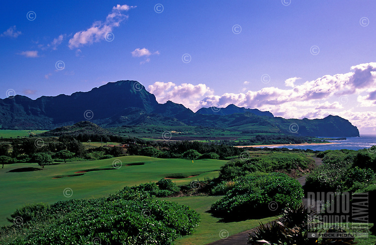 Poipu Bay Resort, No. 14, Kauai, Hawaii.  Architect: Robert Trent Jones II