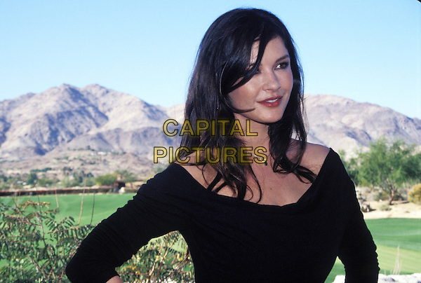 CATHERINE ZETA JONES.headshot, portrait.www.capitalpictures.com.sales@capitalpictures.com.© Capital Pictures.