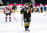 Stockholm 2014-01-08 Ishockey SHL AIK - Lule&aring; HF :  <br /> AIK:s Jonas Liwing deppar<br /> (Foto: Kenta J&ouml;nsson) Nyckelord:  depp besviken besvikelse sorg ledsen deppig nedst&auml;md uppgiven sad disappointment disappointed dejected
