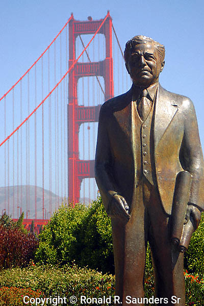 STATUE OF JOSEPH STRAUSS (BUILDER) AT GOLDEN GATE BRIDGE