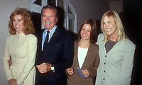 Stefanie Powers, Robert Wagner, Courtney Wagner, Katie Wagner, 1994, Photo By Michael Ferguson/PHOTOlink